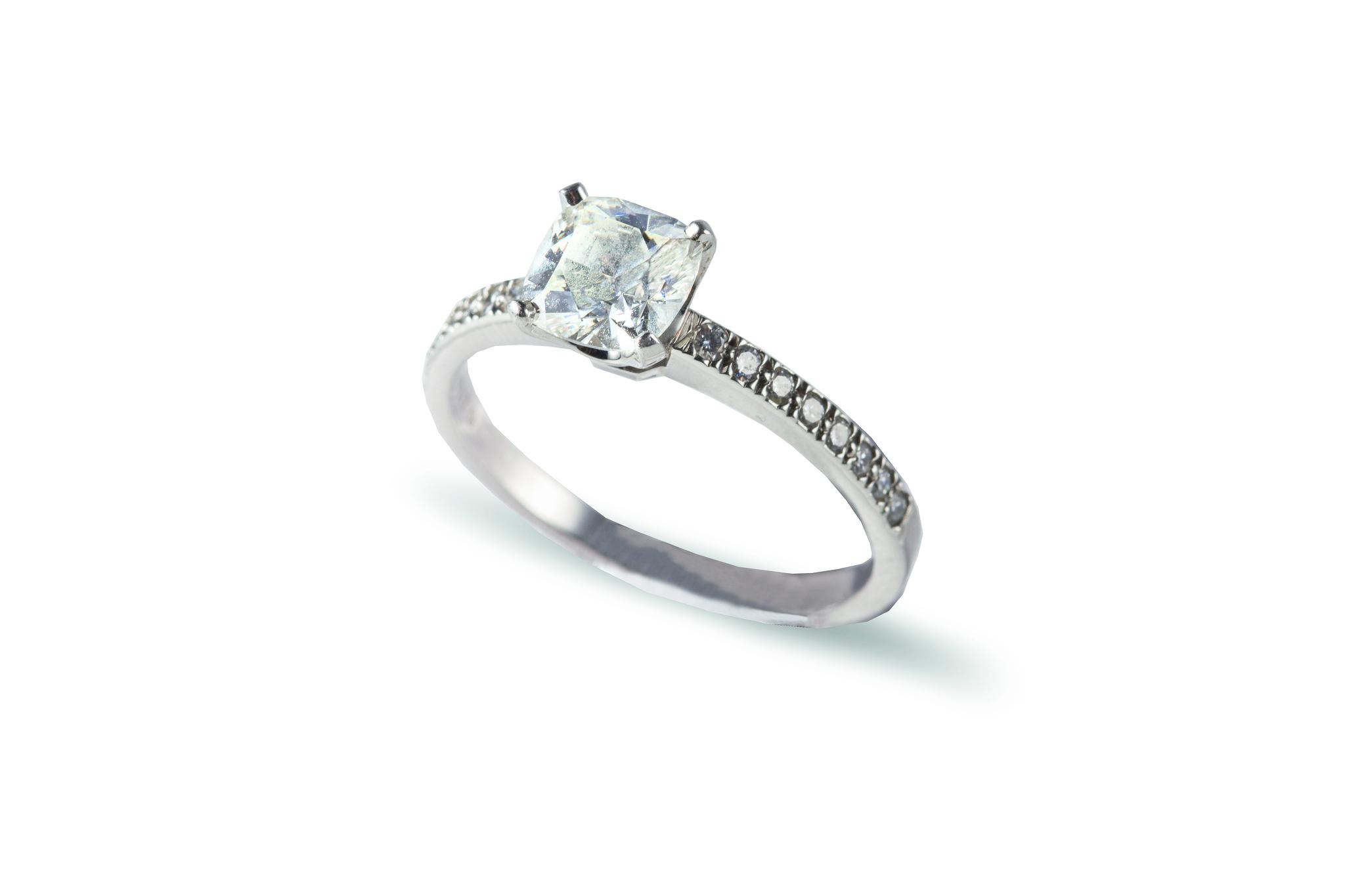 bague diamant 4000 euros